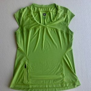 REI Great Outdoor/ Hiking Tank Lime Green Roomy M